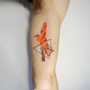 大臂小清新几何风狼纹身图案