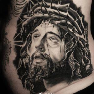 腰侧欧美写实耶稣肖像纹身图案