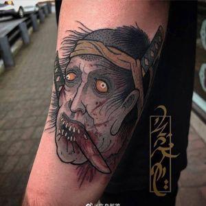 小臂暗黑风newschool日本武士纹身图案