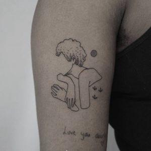 大臂传统纹身图案
