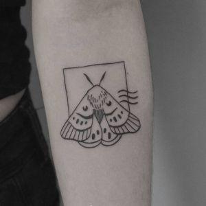 小臂传统纹身图案