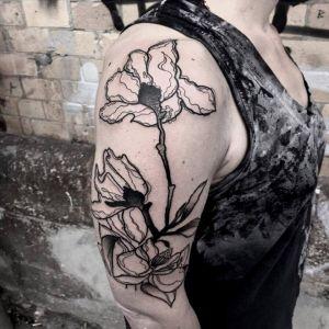 大臂传统花纹身图案