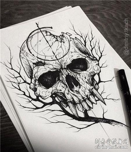 破碎的骷髅头纹身手稿