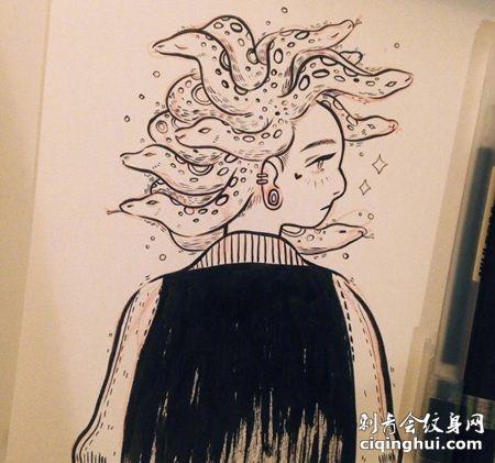 九头蛇女生创意纹身手稿