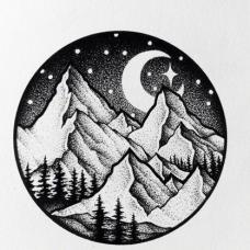 圆形山脉和月色纹身手稿