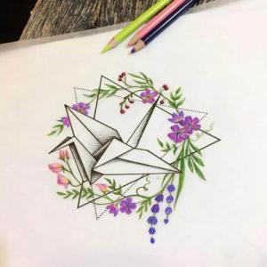 彩色花环千纸鹤纹身手稿图片