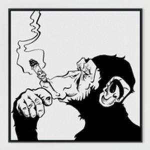 黑白个性抽烟猩猩纹身手稿图片
