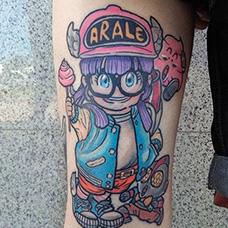 腿部阿拉蕾纹身图案