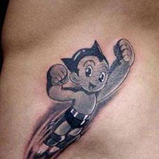 腰部铁臂阿童木纹身图案