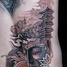 背部好看的宝塔佛像纹身图案