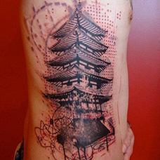 侧腰宝塔纹身图案