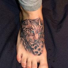 脚背豹子纹身图案