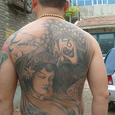 满背霸王别姬纹身图案