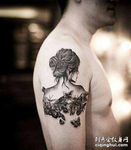 大臂女生背影纹身图案