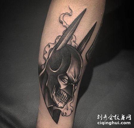 小腿个性的蝙蝠侠纹身图案