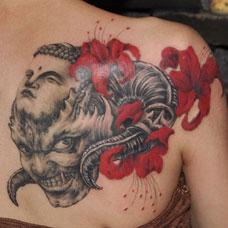 肩部佛魔彼岸花纹身图案