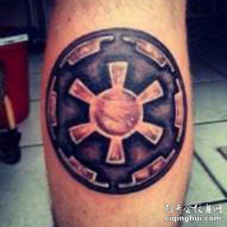 电影《星球大战》银河帝国标志纹身