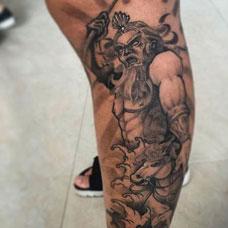 小腿个性波塞冬纹身图案