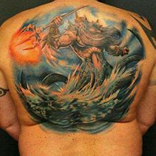 背部海神波塞冬纹身图案