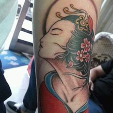 手臂嫦娥纹身图案