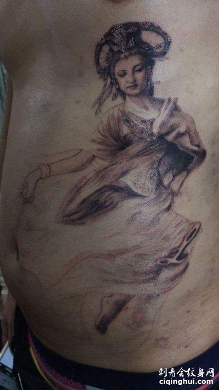 腹部嫦娥纹身图案