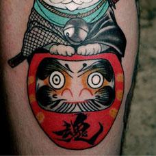 小腿猫咪达摩蛋纹身图案