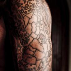 JR史密斯左花臂西泽西地图纹身