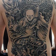 满背地藏王菩萨纹身图案
