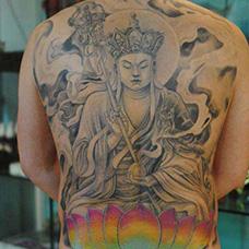 男士满背地藏王纹身图片