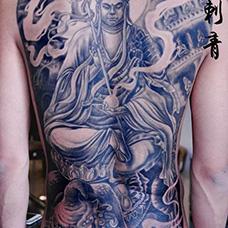满背霸气的地藏王纹身图片
