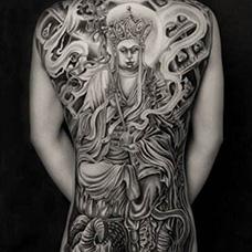 全身个性的地藏王纹身图案