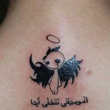 背部卡通堕落天使纹身图案