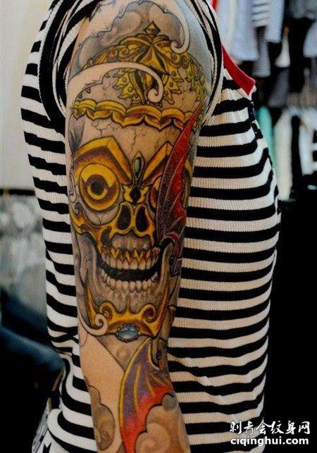 大臂个性嘎巴拉纹身图案