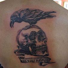 背部个性的敢死队纹身图片