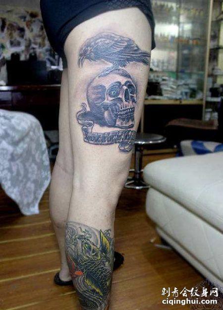 大腿帅气的敢死队纹身图片