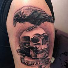 大臂霸气的敢死队纹身图片