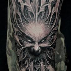 保罗恶魔鬼头纹身图案
