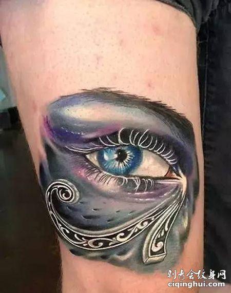 大腿荷鲁斯之眼纹身图案