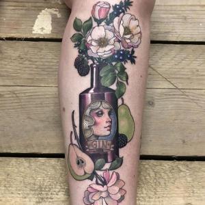 小腿花瓶纹身,梨和花朵还有花瓶纹身图片