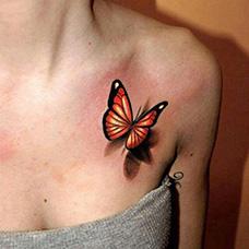 女生性感的锁骨蝴蝶纹身图案