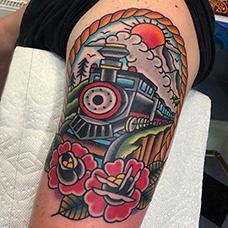 大臂oldschool风格火车头纹身图案