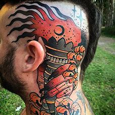 颈部到头部个性的火炬纹身图片