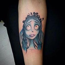 手臂僵尸新娘纹身图片