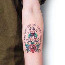手臂家庭父子纹身图案