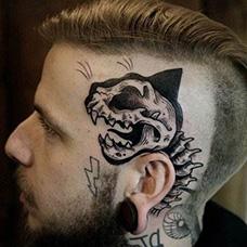 头部个性恐龙纹身图片