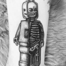 脚踝乐高纹身图案