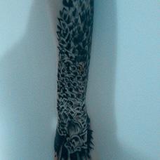 手部个性鳞片纹身图案