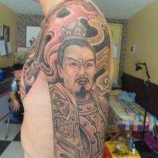 半甲刘备纹身图案