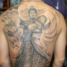 满背刘备纹身图片