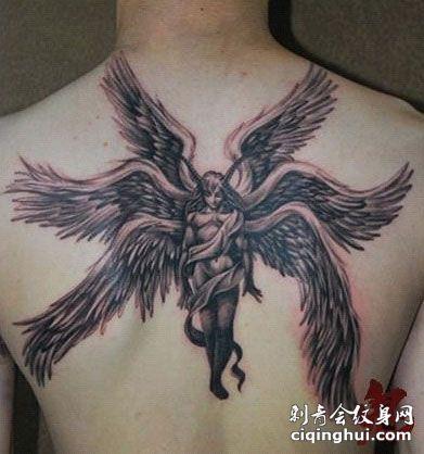 满背六翼天使纹身图案